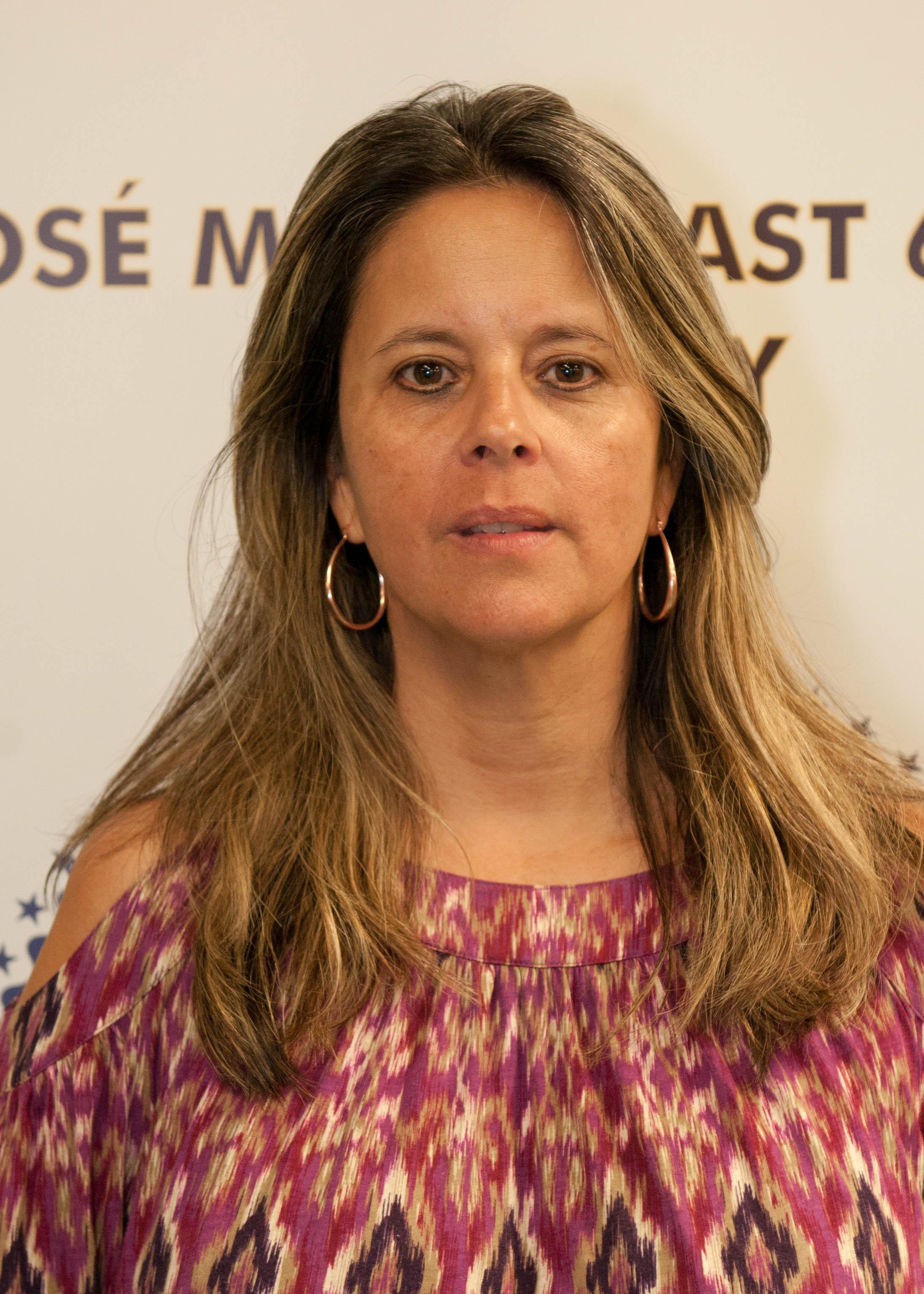 Migda Navarro